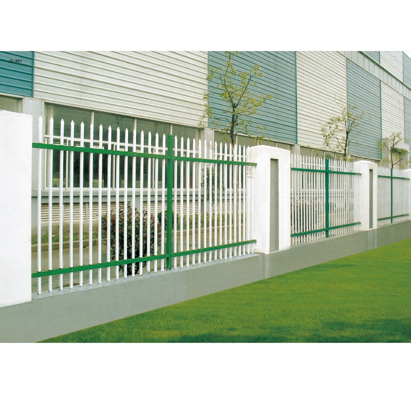 你知道草坪护栏在使用时需要注意什么吗?